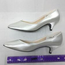 White Satin Dress Shoe Brand Amerati pumps size 7 dyeable
