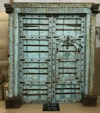 AN EXTRAORDINARY BEAUTIFUL ANTIQUE CARVED 19C INDIAN HAVELI ENTRANCE DOOR