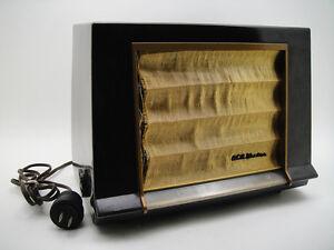 Vintage RCA VICTOR GOLDEN THROAT 1X591 50's USA BAKELITE RADIO ART DECO JET AGE