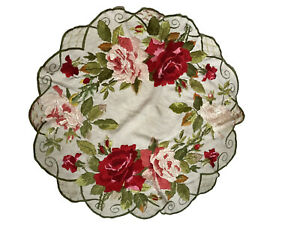 """Vtg Antique Small Tablecloth Table Round Large Embroidered Roses 31"""""""