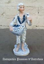 B201623 - Figurine en biscuit de porcelaine 1950 - 1970
