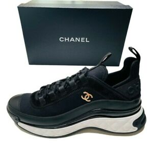 Authentic NIB 2021 CHANEL BLACK SNEAKERS RUNNERS TRAINERS CC GOLD LOGO Size 40.5