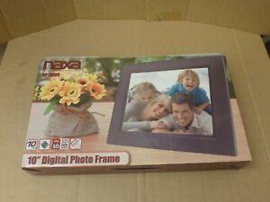 "Naxa NF-1000 10.1"" TFT LED Digital Photo Frame"