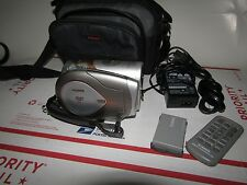 Canon Vixia HR10 AVCHD 3.1MP High Definition DVD Camcorder + Bag Remote Charger