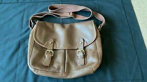 Men's Brown leather crossbody bag