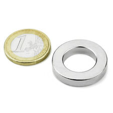 Super Magnete Anello al Neodimio dimensioni 26,75x16x5 mm Potenza 8,3 Kg.