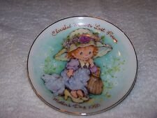 Avon Mothers Day Collectible Plate Vintage 1981 New in Box