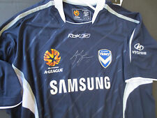 MELB VICTORY - ARCHIE THOMPSON SIGNED PREMIERS JERSEY  + PHOTO PROOF & C.O.A.