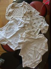 💜Lot of 4 Pieces💜 Baby Girl Bodysuits💜 Sz 6-9 Months💜