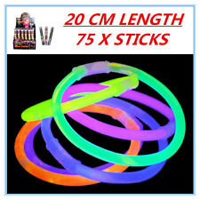 75 X GLOW STICKS - PARTY WEDDING EVENT BIRTHDAY CELEBRATE CONCERTS CAMPING FW