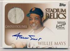 WILLIE MAYS 2000 Topps Stadium Relics GAME USED BASE AUTO AUTOGRAPH GIANTS HOF