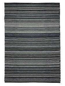Green Decore Outdoor Rug Weaver Black / Gray