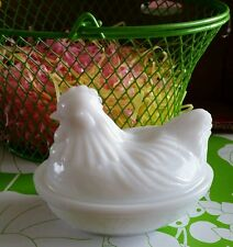 Vintage Milk Glass Opaque Chicken Hen On The Nest Old