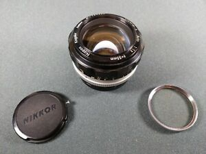 Nikon NIKKOR-S auto 1:1.2 f=55mm Nippon Kogaku Japan No.195732 lens