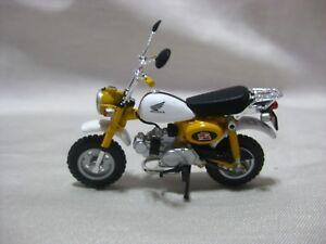 HONDA Monkey 2005 Yellow custom ver 1:20 scale Monkey&GORILLA COLLECTION