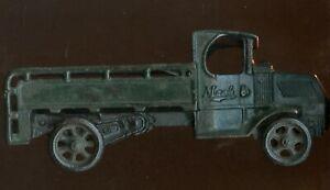 1928/1932 Original Arcade Mfg. Cast Iron Mack Ice Truck #250