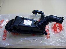 Original SYM Caja de filtro de aire para GTS 125 y 250 ET: 17200-HMA-000