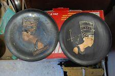 paire d'assiette en cuivre a decor de nefertiti     occasion