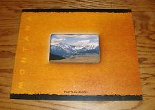 Original 2000 Pontiac Montana Deluxe Sales Brochure 00