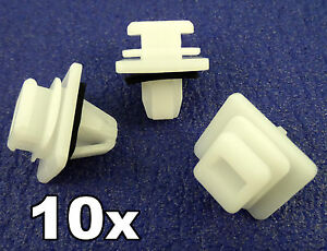 10x Honda CRV Plastic Clips for Tailgate / Rear Door Lower Trim Moulding clips