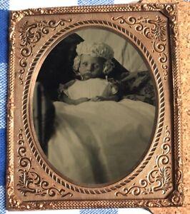 POST MORTEM dead baby girl eyes open UNCASED 1/6 PLATE TINTYPE