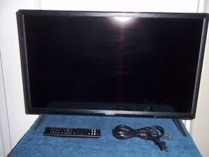 """VIZIO D24F-G1 24"""" LED LCD FULL HD SMART TV - BLACK"""