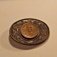 VINTAGE 1970s **JOHN WAYNE - AN AMERICAN** COMMEMORATIVE BELT BUCKLE