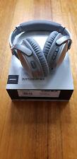Bose QuiteComfort 35 Series II Over-Ear Wireless Headphones - Silver