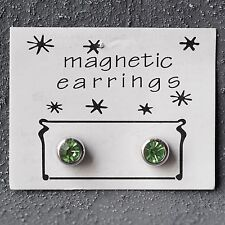 Neu MAGNETOHRRINGE mit SWAROVSKI STEINE in peridot/grün OHRRINGE Magnet