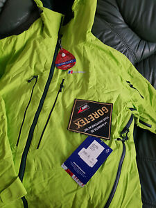 The Berghaus men's Frendo Insulated GORE-TEX and Hydroloft  Jacket New, size XL.