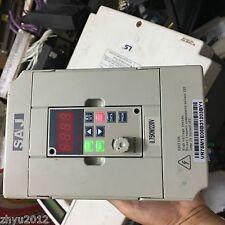 1pcs Three crystal frequency SAJ8000 VR75M1 220V 0.75KW