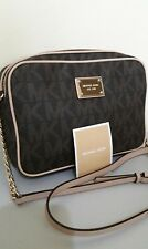 Pre loved Michael Kors Jet Set East West Crossbody (slightly used)