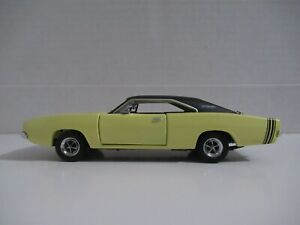 Franklin Mint 1968 Dodge Charger Yellow 1:43 Scale