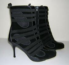 DOLLHOUSE BLACK WHITE STITCH PUNK GOTH ANKLE SHORT BOOTS BOOTIES HEELS 10 EUC!