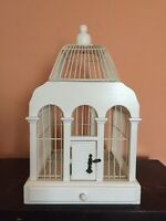 Pre Owned White Bird Cage/ Decorative Wood and Wire Bird Cage