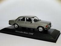Mercedes Benz 230E W123 de 1982 au 1/43 de Minichamps / Maxichamps 940032202