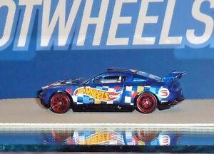 2016 HOT WHEELS RACE TEAM #3/250 Custom '12 Ford Mustang - Blue - Loose