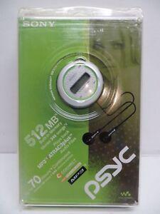 Sony NW-E105PS Network Walkman 512 MB Digital Music Player (White/Green)