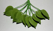 Leaves, Sugar Flowers, 10 Small Blossom Leaves in Bunch, Cake Topper, Gum Paste