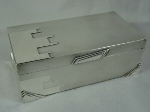 EXTREMELY rare, ART DECO sterling silver , CIGARETTE BOX , 1935 - WALKER & HALL