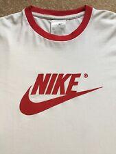 """Nike Retro Vintage 90s T-shirt Top ~ Size L 42/44"""" Chest"""