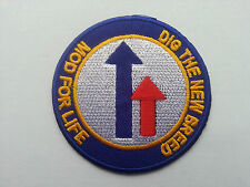 PUNK ROCK HEAVY METAL MUSIC SEW ON / IRON PATCH:- DIG THE NEW BREED MOD FOR LIFE