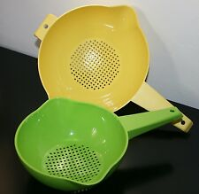 Tupperware 1,2 Liter  Colander Strainer with handle Yellow Parrot/Green New