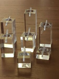 A Lot Of 7Pcs Various Height Of Acrylic Ring Holder Display New
