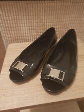Ladies Gucci Shoes Size 39