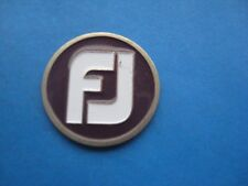 FJ  FOOTJOY GOLF CLOTHING  ENAMMALLED  SILVER  COLOURED TOKEN COIN MEDAL
