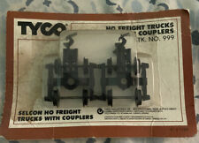 TYCO HO SCALE Freight Trucks With Couplers Stk. No. 999 NEW NOS