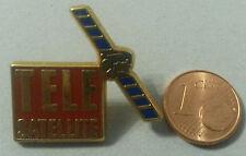 PINS PIN'S TELE SATELLITE EMAIL METAL DORE PORT GRATUIT EN FRANCE