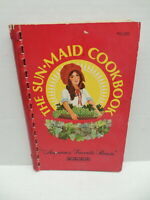 Sun-Maid America's Favorite Raisin Cookbook Recipe Guide Cookies Breads Salads