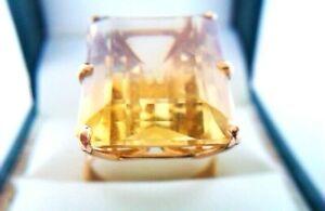 Beautiful Vintage 18ct Gold & Large Citrine Ladies Ring Circa 1967  8.38 Grams